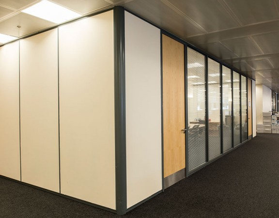 DEMOUNTABLE PARTITIONS – SOLID