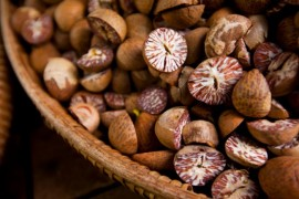BETTEL NUTS